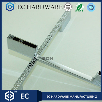Diamond Decorated Furniture Handle with Chrome Finish (HX5606)
